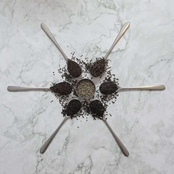 6 teas on spoons